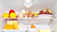 Fünf Tage aus dem Vollen schöpfen, zwei Tage in der Woche fasten – so kann Diät auch aussehen. Selbst Wissenschaftler glauben an dieses Vorgehen.