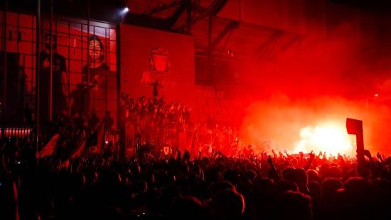 Liverpool nach 30 Jahren wieder englischer Meister