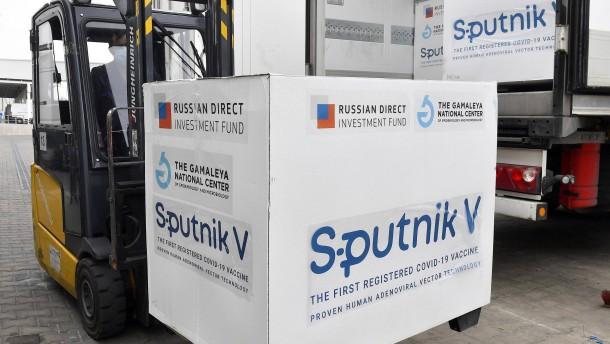 Ministerpräsidenten werben für russischen Impfstoff Sputnik V
