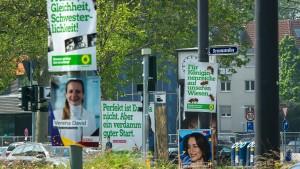 Wie überflüssig sind Plakate im Wahlkampf?