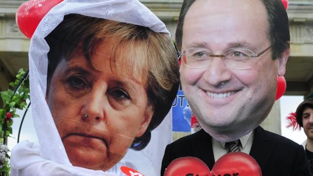 Hollandes Sozialisten greifen Kanzlerin an