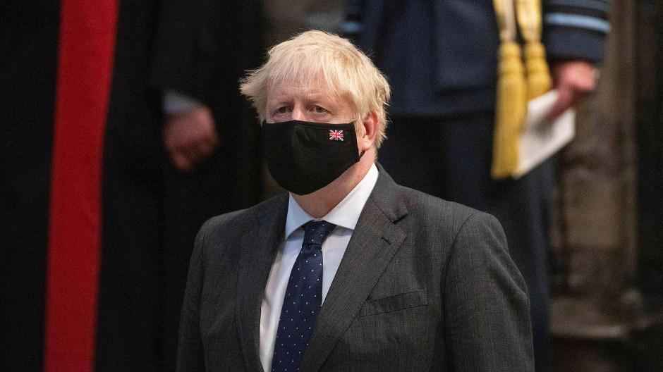 Lange nahm Boris Johnson Corona nicht ernst - bis es ihn selbst erwischte und er im Krankenhaus landete.