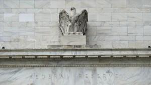 Niedriginflation und hohe Schulden drücken Zinsen