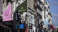 Londoner Luxusmeile: In der Old Bond Street kaufen Investmentbanker gerne ein.