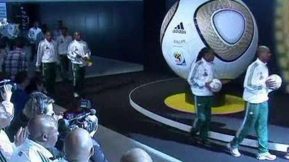 """WM-Finalball heißt """"Jo'bulani"""""""