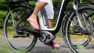 Einbrecher stehlen über 40 E-Bikes