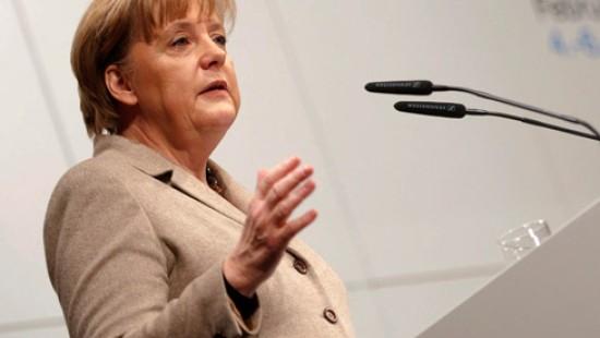 Merkel: Cyberwar so gefährlich wie klassischer Krieg