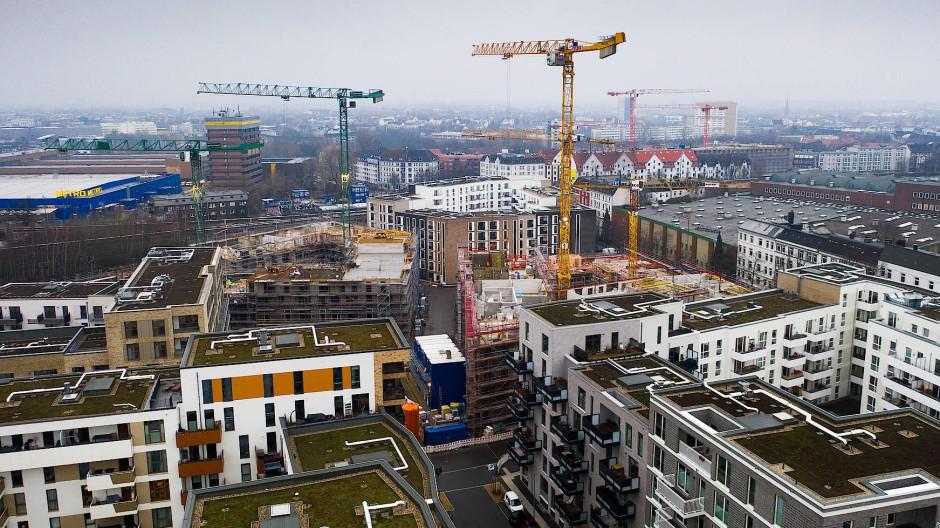 Neubaugebiet Neue Mitte Altona: Auf dem ehemaligen Bahn-Gelände entsteht seit einigen Jahren Hamburgs größtes Neubauprojekt. Aufnahme vom Februar 2019.