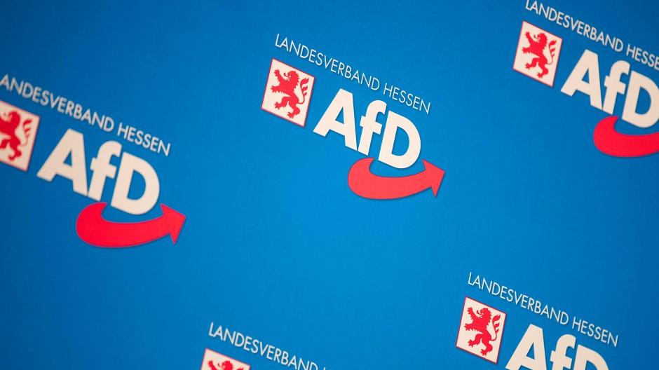 Die AfD im Hochtaunus-Kreis unter Kritik: Nach einem Facebook-Beitrag tritt der Fraktionschef Thomas Langnickel zurück.