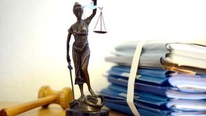 Beamte und Richter sollen mehr Geld bekommen