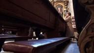 Gläubige hinterfragen die Rolle Ratzingers