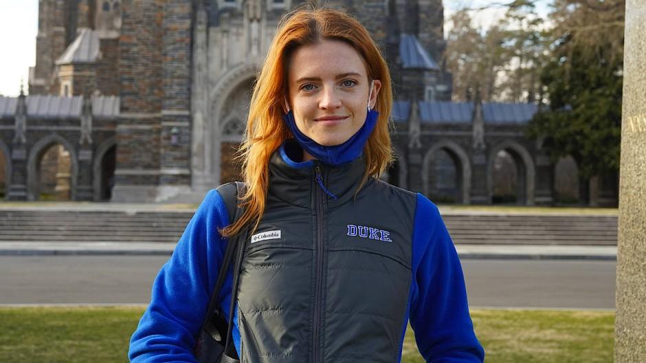Charlotte Kaiser studiert Politikwissenschaft, war in Berlin für einen Bundestagsabgeordneten tätig und arbeitet seit Jahren international als Model.