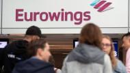 Fliegen im Sommer: Bei Eurowings soll es im Sommer vorerst keine Streiks geben.