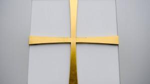 Viele Kirchenmitarbeiter und Pfarrer vor Ruhestand