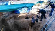 Schwieriges Gedenken: Archäologen bergen seit dem 1. Oktober 2021 die Überreste von Ermordeten der Franquisten.