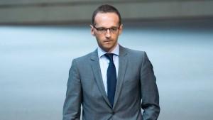 Justizminister auf Distanz zu Generalbundesanwalt