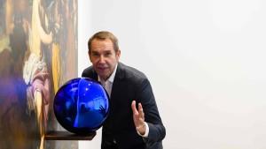 Besucher beschädigt Werk von Jeff Koons
