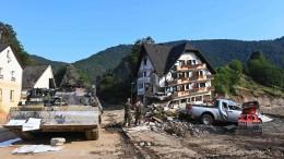 Freiwillige Helfer sollen Katastrophengebiet Ahr schnell verlassen