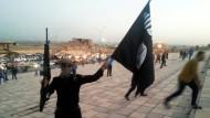 Ein Kämpfer der Terrormiliz IS