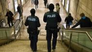 Vier mutmaßliche Dealer in U-Haft