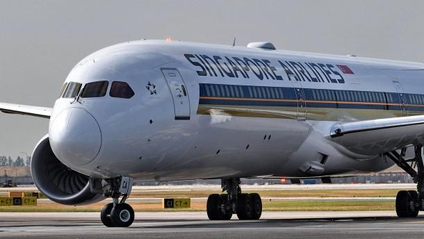 Singapore Airlines hält Boeing-Dreamliner am Boden