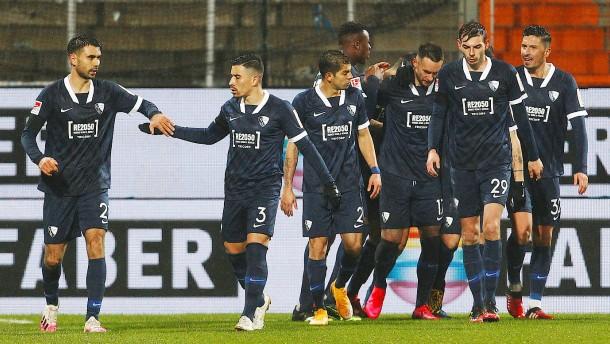 Bochum springt auf Platz zwei in Liga zwei