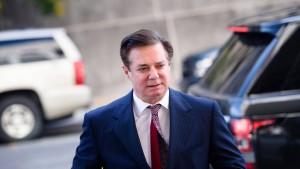 Sonderermittler Mueller fordert bis zu 24 Jahre Haft für Manafort