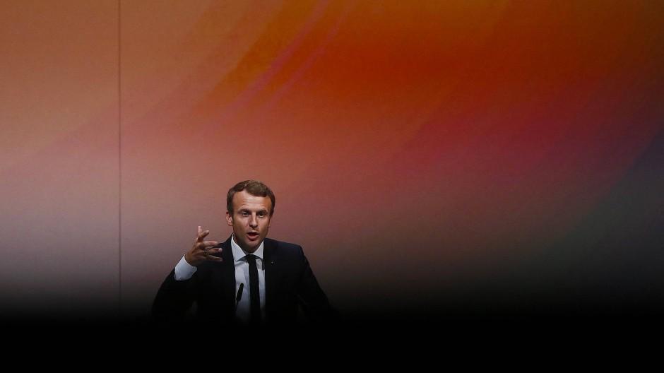 Emmanuel Macron ist der Star auf der Buchmesse