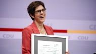 Die scheidende CDU-Vorsitzende Annegret Kramp-Karrenbauer beim digitalen Parteitag am Freitag.