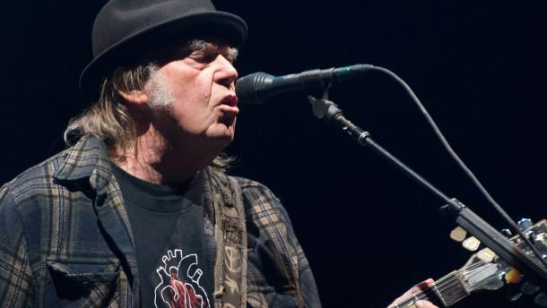 Neil Young will Trump wegen Wahlkampf-Nutzung seiner Songs verklagen