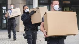 Polizei-Großrazzia gegen mutmaßliche Schleuser in Fleischindustrie