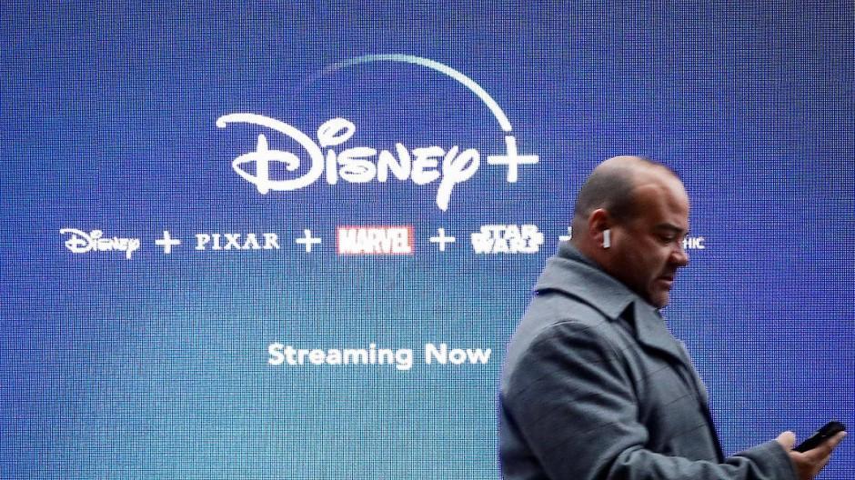 Werbung für Disney+ in New York