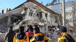 Zahl der Toten nach Erdbeben in Osttürkei steigt auf 22