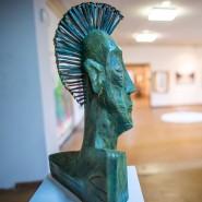 Umgewöhnung: Vielen Kunstsammlern bleibt momentan der Weg in die Galerie verwehrt – das Internet ist eine Alternative.