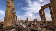 Die syrische Stadt Palmyra liefert ein Beispiel dafür, wie mit dem kleineren Übel gerungen wird, um Kultur zu schützen.