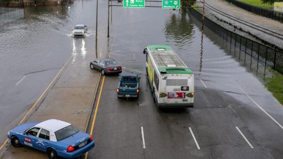 Regen überschwemmt Süden Amerikas