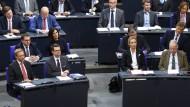 Nah beieinander: FDP und AfD im Bundestag
