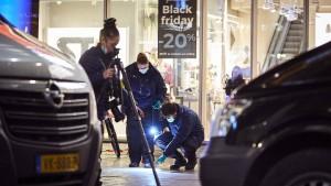 Polizei in Den Haag nimmt Verdächtigen fest