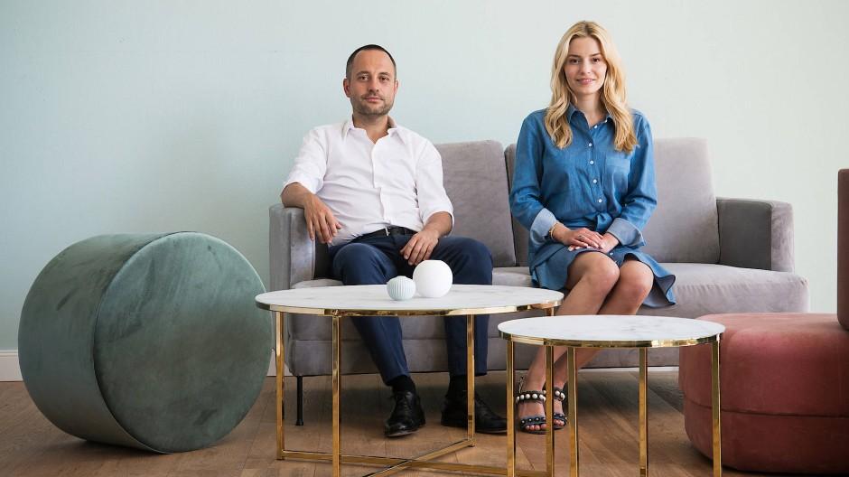 Stefan Smalla und Delia Fischer, die Gründer des Internet-Einrichtungshauses Westwing. 90 Prozent der Kunden sind Frauen.