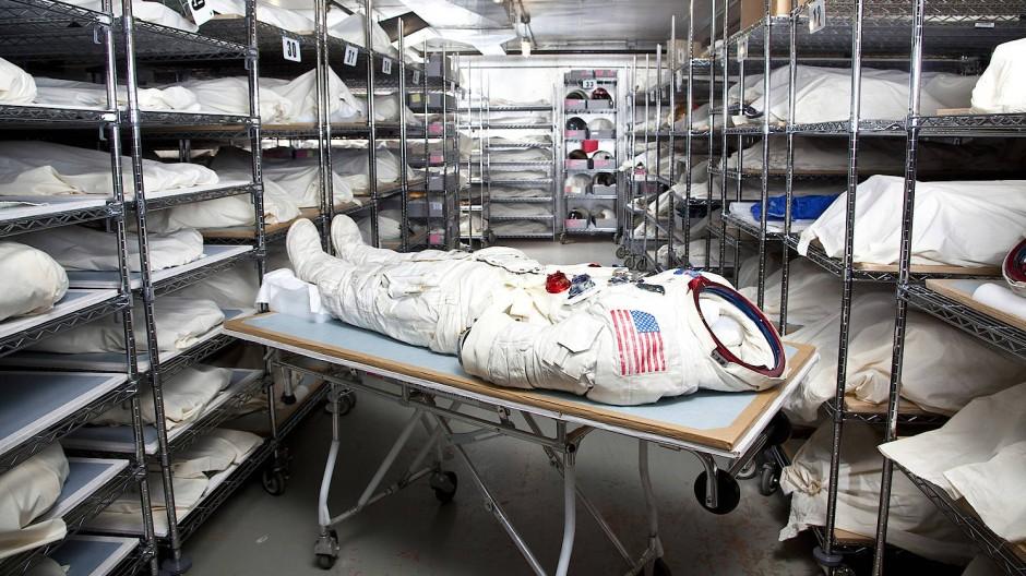 Primus inter pares: Der Raumanzug, in dem Neil Armstrong den Mond betrat, hier noch im Magazin. Seit vergangener Woche ist das Stück wieder im National Air and Space Museum in Washington ausgestellt.