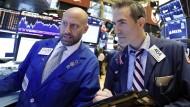 Erfahren in diesen Tagen wieder kritische Aufmerksamkeit: Händler an der New Yorker Börse