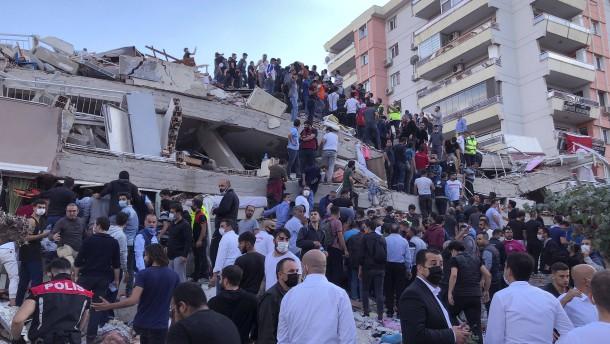 Mindestens vierzehn Tote in der Türkei und in Griechenland