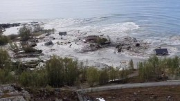Erdrutsch reißt in Norwegen Häuser mit sich