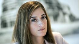 Mesale Tolu fliegt zu ihrem Prozess in die Türkei