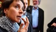 Petry fordert radikale Reformen bei ARD und ZDF