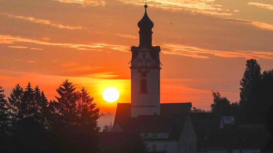 Na endlich: Im September geht die Sonne immer später auf.