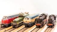 Freie Fahrt ins Digitale? Analoge Lokomotiven können umgerüstet werden.