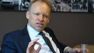Seit einem Jahr steht Clemens Fuest an der Spitze des ifo-Instituts für Wirtschaftsforschung.
