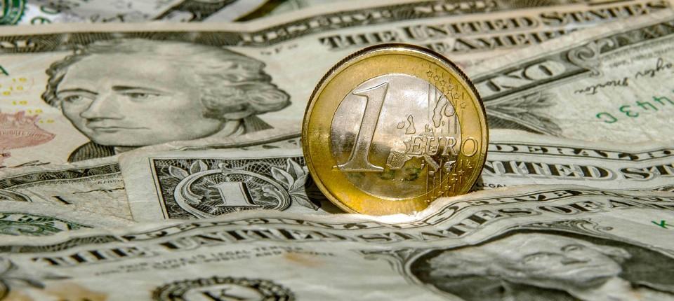 Ob Euro oder Dollar, in der Corona-Krise ist alles willkommen.