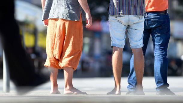 Ziehet an die kurzen Hosen!